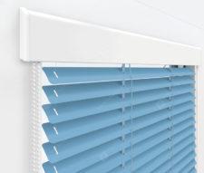 Жалюзи Изолайт 25 мм на пластиковые окна - цвет темно-голубой