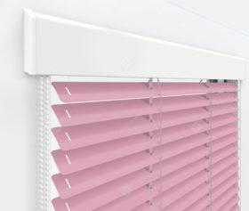 Жалюзи Изолайт 25 мм на пластиковые окна - цвет светло-розовый